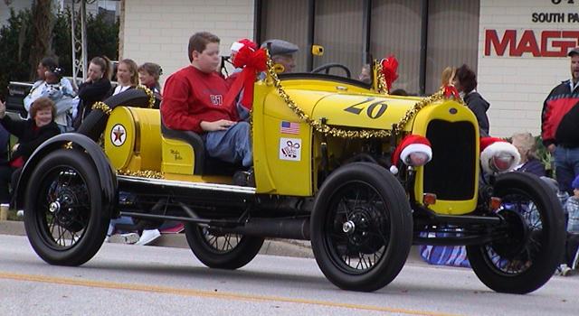 Antique car in the Apopka, FL Christmas parade
