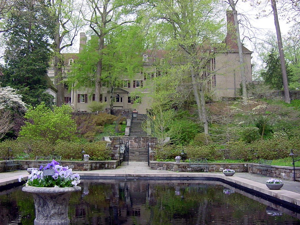 Du pont house at winterthur gardens pics4learning for Dupont house