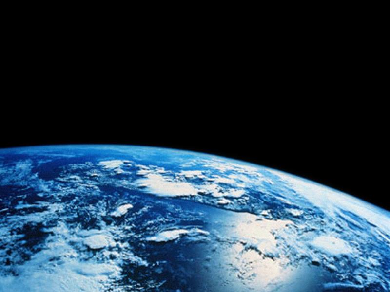 e_horizon.jpg - Earth from space