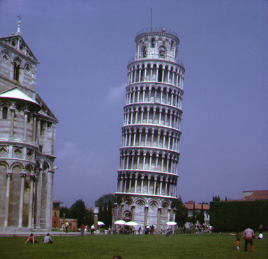 italy015.jpg - Leaning tower in Italy