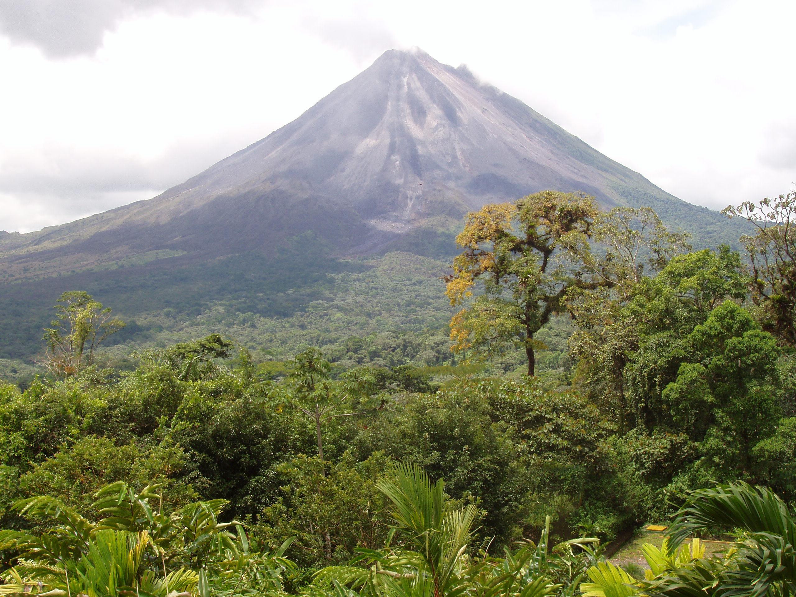 p1010060.jpg - Volcano