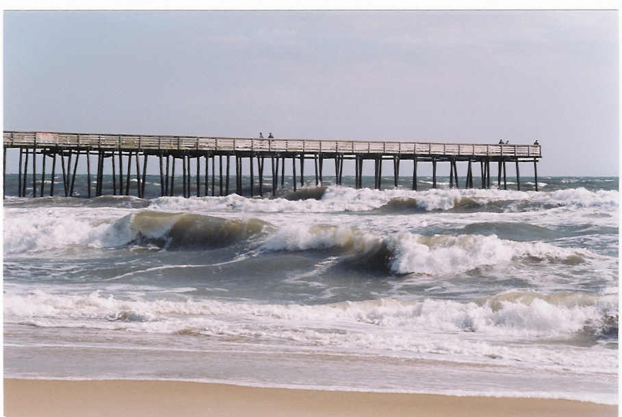 Virginia beach oceanfront fishing pier pics4learning for Fishing piers in va