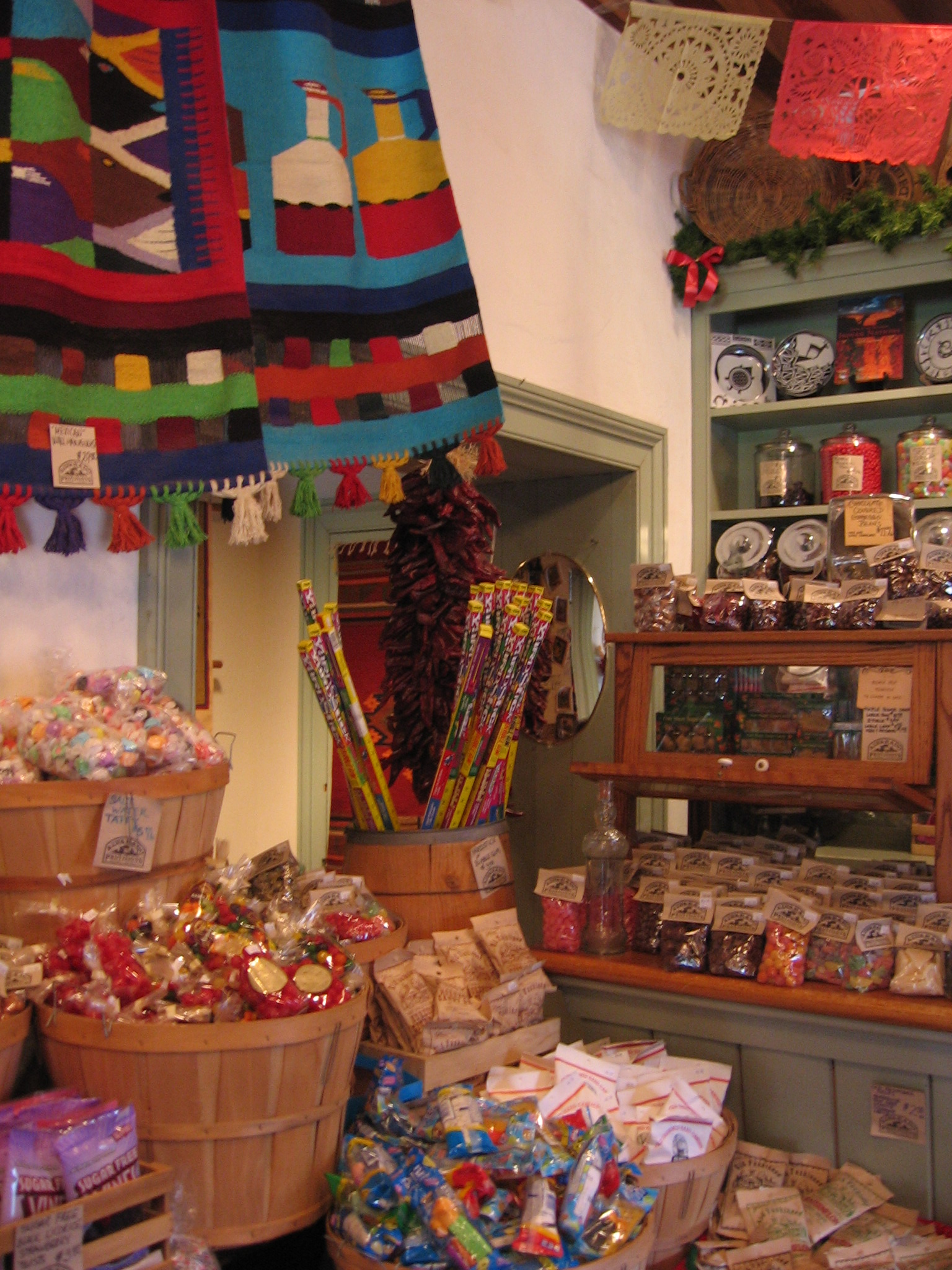 sdoldtowncs.jpg - Old Town Candy Store
