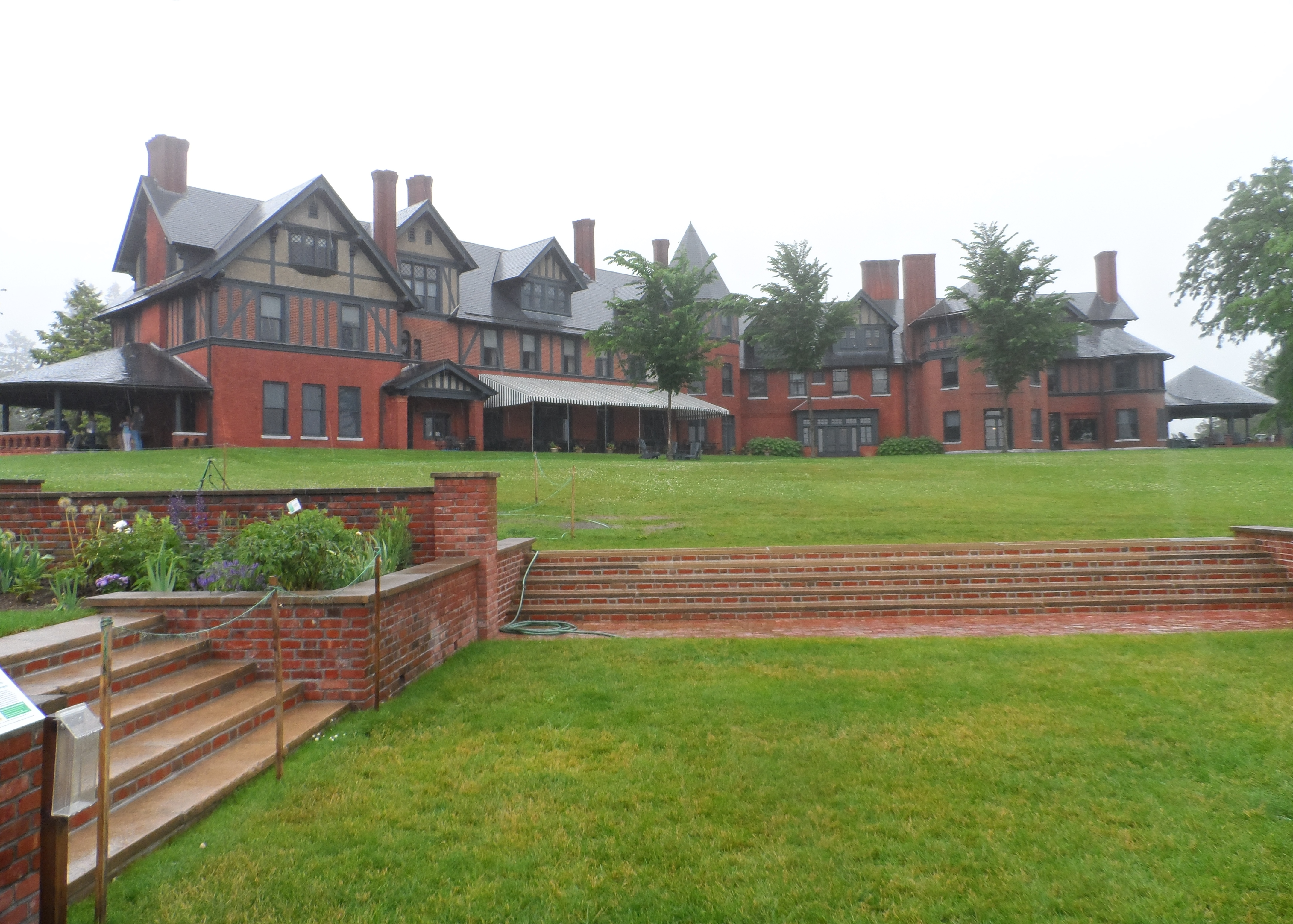 Shelburne Home