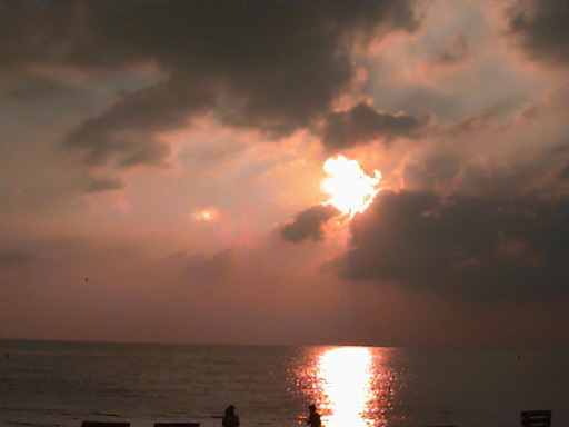 sunst012.jpg - A sunset overlooking the Gulf of Mexico from Saint Petersburg Beach Florida