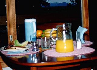 tcals024.jpg - Breakfast