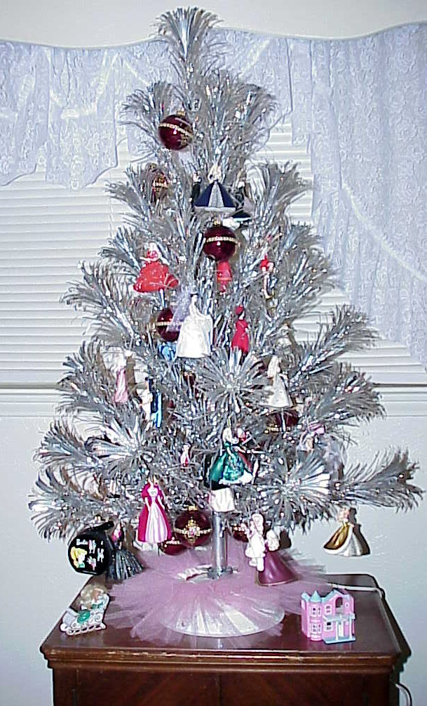 Barbie Christmas Tree Decorations.Barbie Christmas Tree Pics4learning
