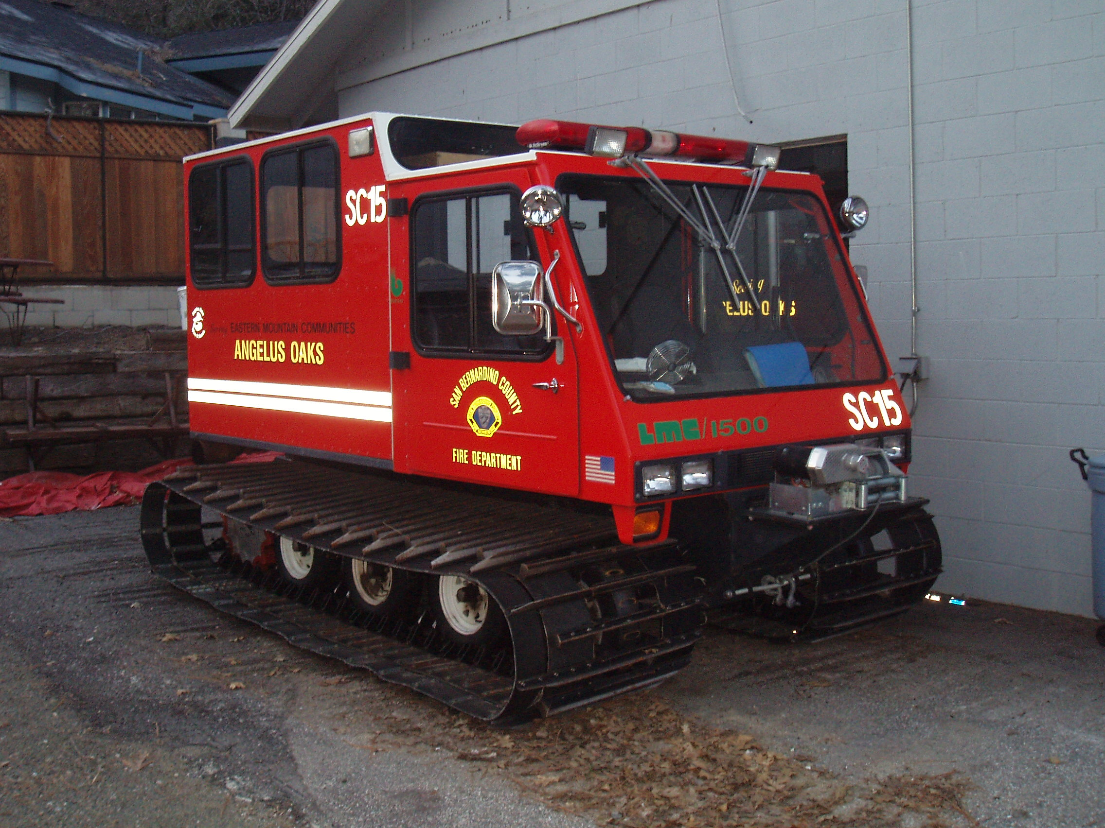Craigslist Vehicles For Sale >> Snow cat search and rescue | Pics4Learning